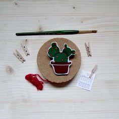 Spilla cactusina in legno dipinta a mano - pezzo unico