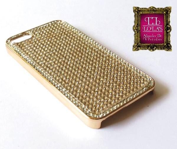 En #LolasAlquilerdeVestidos tenemos accesorios para que complementes tus look. ¿Te gusta esta cubierta para celular?
