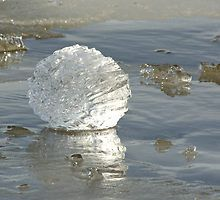 Decorative ice ball by Susanna Hietanen