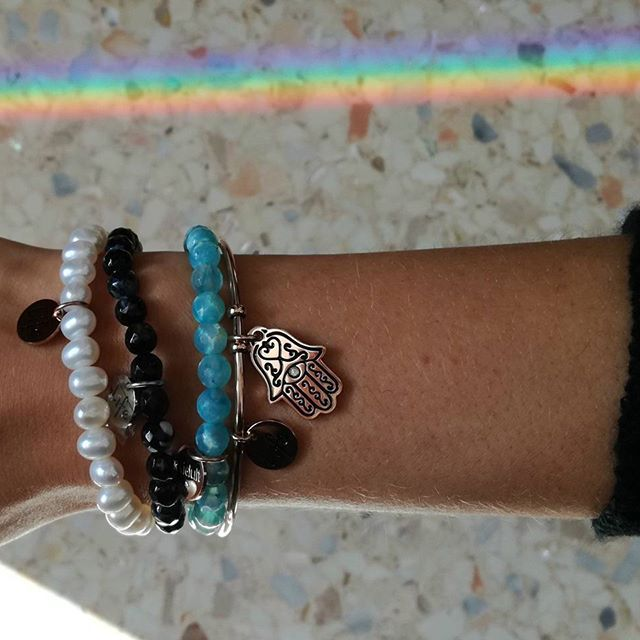 #happy #sunday #smile #discoverkidult #lifecollection #bracelet #bracciale #accessori #tendenza #fashion #instajewelry #jewelrygram #style #f4f #rainbow #picoftheday