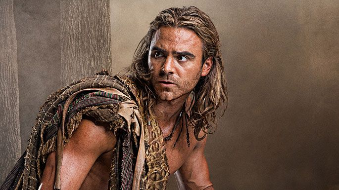 Dustin Clare as Gannicus in Spartacus.