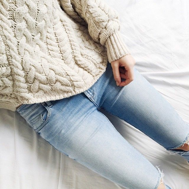 Fisherman knit sweater and jeans