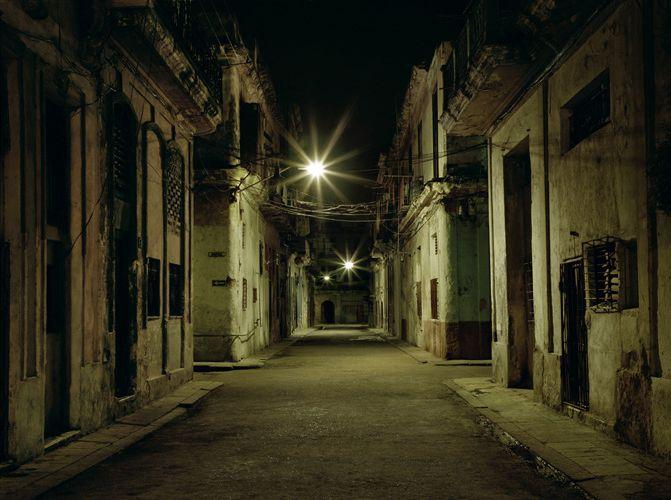 """Desiree DOLRON :: Cerca Plaza de la... (2002-2003) from the series """"Te dí todos mis sueños"""""""