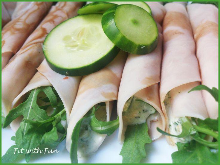 Involtini di Fesa di Tacchino o Pollo con Salsa Tzatziki Salsa Tzatziki Turkey Meat