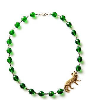 Love this cute little fox necklace, and the green too!