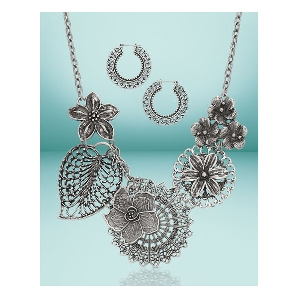 Premier Designs Jewelry- Botanical necklace and earrings Call me if you are interested!