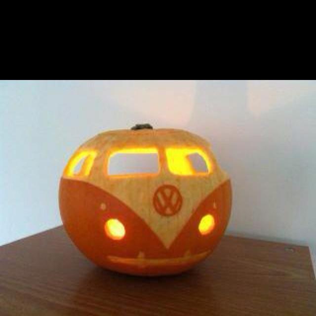 campervan pumpkin!    VERY GROOVY!!!!