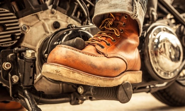 Red Wing 875 Boots In Control