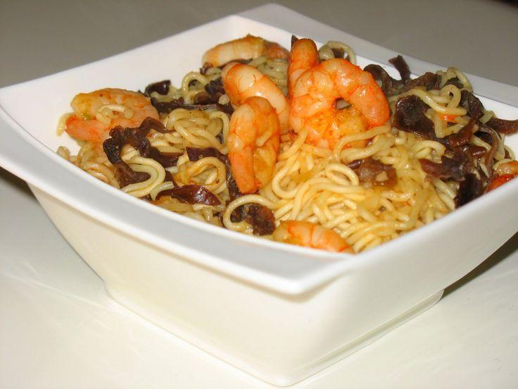 Nouilles chinoises aux crevettes et champignons noirs : Diet & Délices - Recettes dietétiques