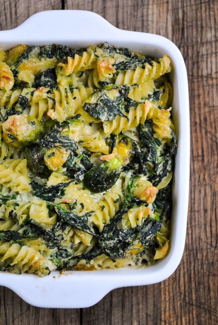 Baked pasta with creamy spinach and Brussels sprouts