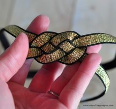 How to make a celtic knot headband - Way of the Glue Gun