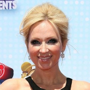 Leigh-Allyn Baker (American, Television Actress) was born on 13-03-1972.  Get more info like birth place, age, birth sign, biography, family, relation & latest news etc.