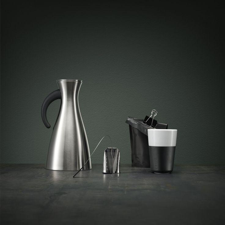 Stainless steel vacuum jug 1l by Eva Solo