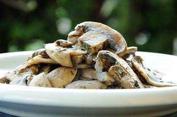 Italian food - Funghi trifolati