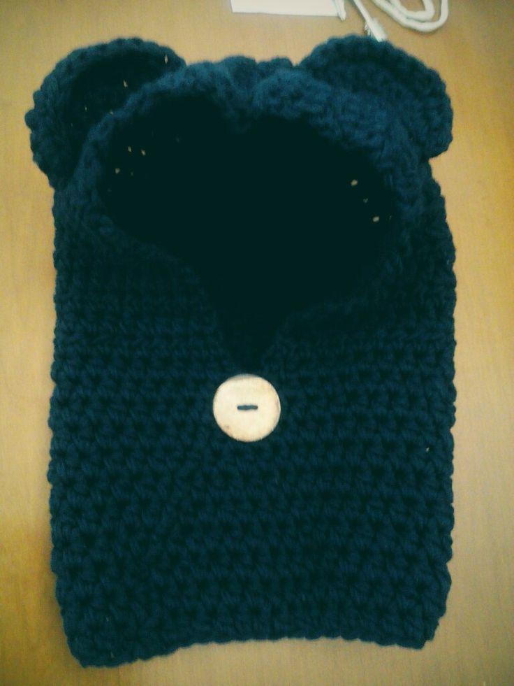 Handmade crochet hat+ scarf..