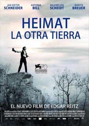 """Precuela de la trilogía """"Heimat"""", que Edgar Reitz realizó para televisión en 1984, 1993 y 2004, en donde sigue la historia de Alemania en el siglo XX a través de un ficticio pueblo alemán. Ambientada a mediados del siglo XIX, sigue a la familia Hunsrück, que busca escapar de la pobreza y el hambre empezando una nueva vida en Brasil. http://absys.asturias.es/cgi-abnet_Bast/abnetop?SUBC=03240101&ACC=DOSEARCH&xsqf01=heimat+reitz+dvd"""