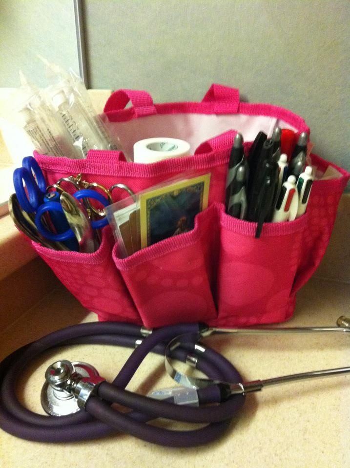 Great gift ideas for the nurses in your life, mini organizer from Thirty-One gifts.