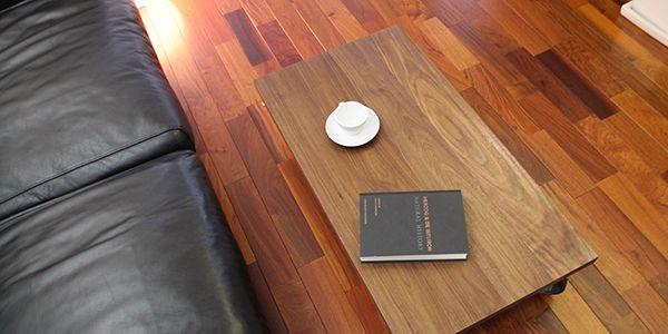 C-table インテリアに合わせ素材とディテールにこだわり上品に仕上げたローテーブル
