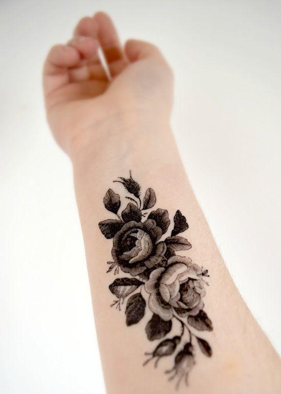 Tatuagem de Flores Vintage