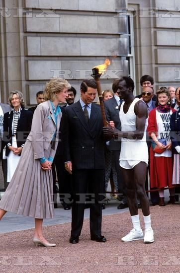 "May 24 1986 Charles & Diana promoting the ""SportAid's Race Against Time"" charity run at Buckingham Palace."