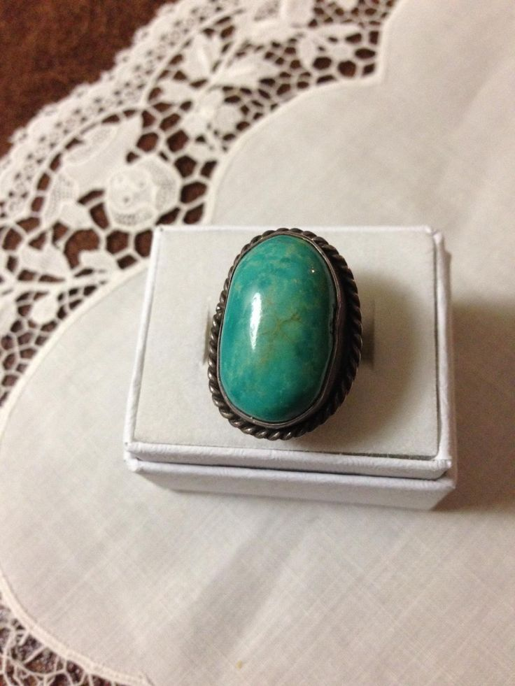 Early Navajo Style Turquoise Sterling Ring