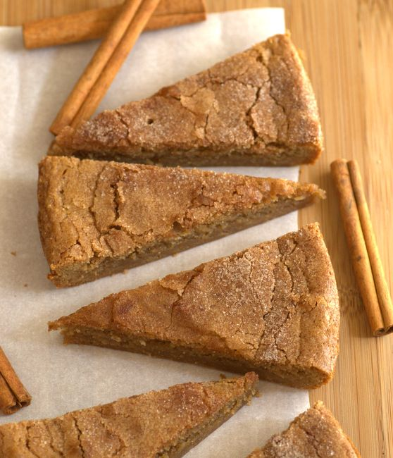 These Brown Sugar Cinnamon Blondies are an easy bar cookie recipe that will satisfy your tastebuds and make your kitchen smell amazing in the process.
