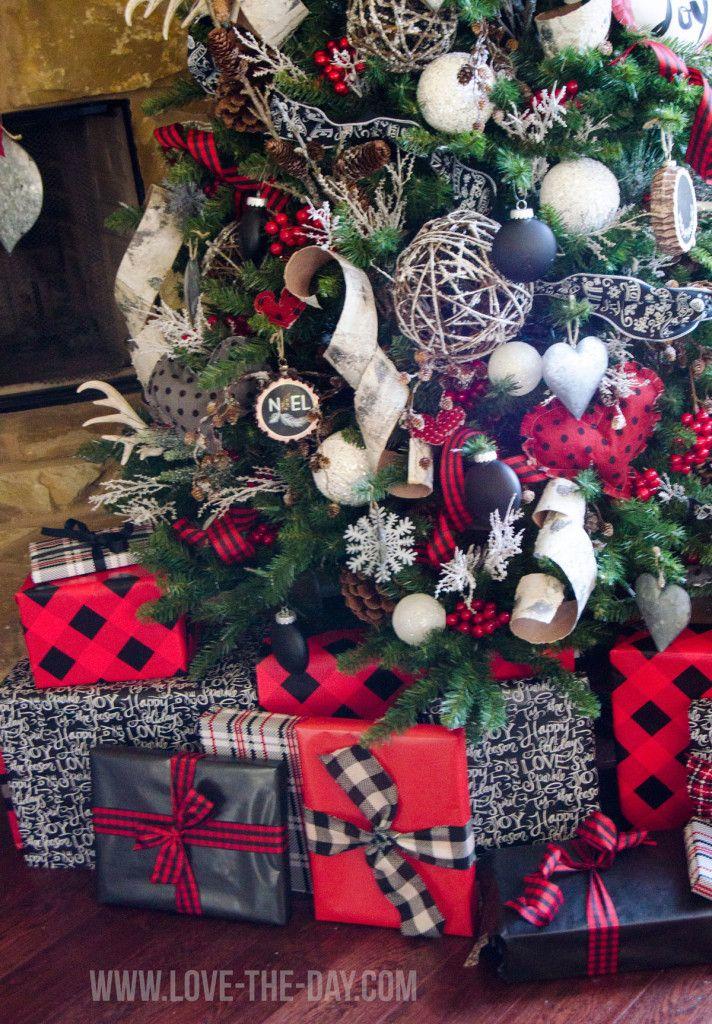 Lumberjack Christmas Tree | Michaels Dream Tree Challenge 2015