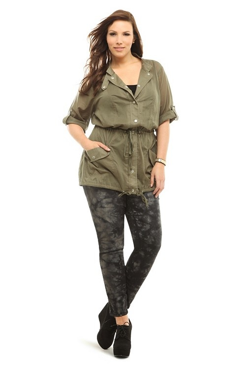 Torrid's Olive Snap Anorak and Tye Dye Jeggings make for a cute Spring outfit