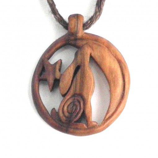 Hare necklace in rowan