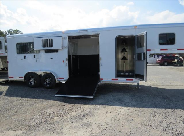 NEW Exiss Horse Trailer for Sale - Horse Trailers Galore