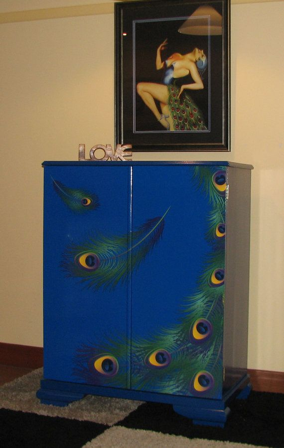 Storage cabinet cupboard in peacock design
