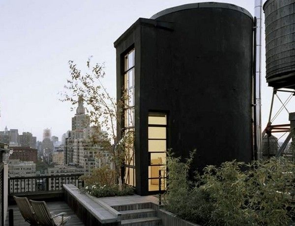 Atypical Living Retreat: The Tank House Loft by Brian Messana