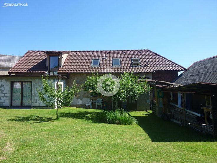 Rodinný dům 200 m² k prodeji Čistá, okres Mladá Boleslav; 3749000 Kč, garáž, patrový, samostatný, smíšená stavba, v dobrém stavu.