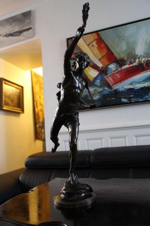 Important sujet en bronze patiné XIXe jeune éphèbe signé JB GERMAIN 56 cm