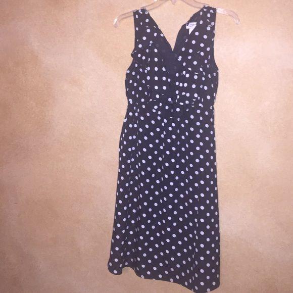 Pretty ANN TAYLOR LOFT dress SIZE 2. Ann Taylor Loft. Black with white polka dots. Ann Taylor Dresses Midi