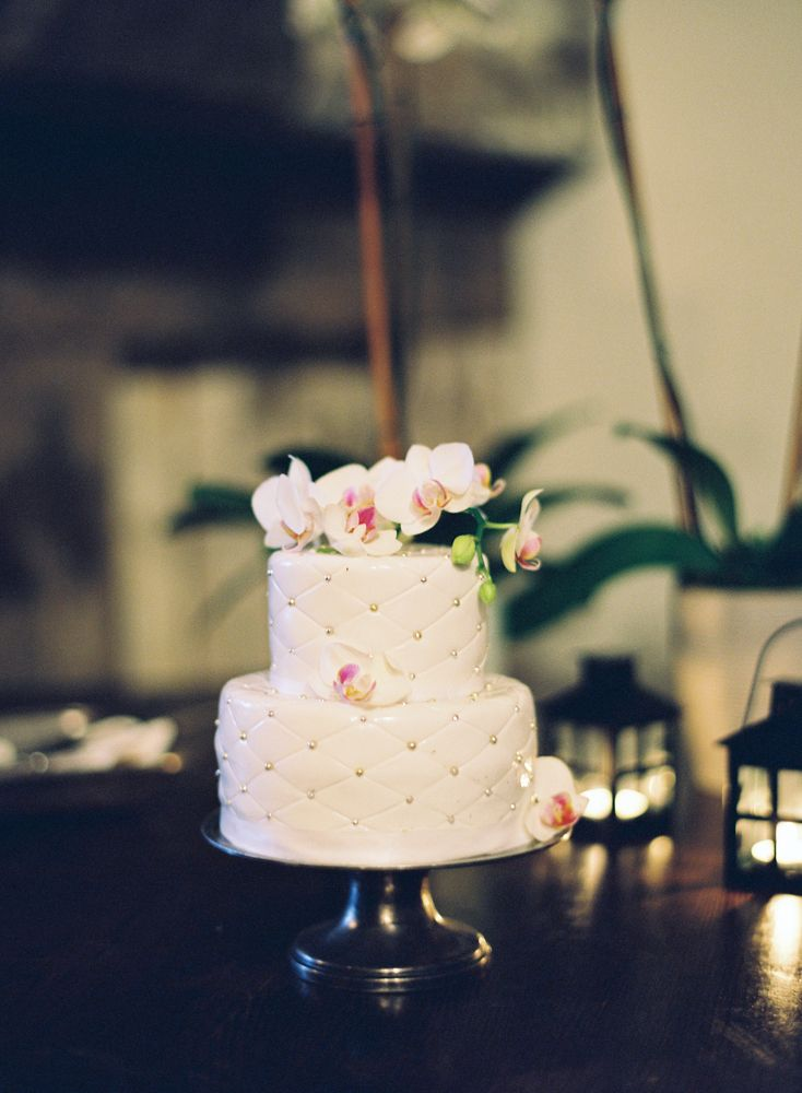 wedding cakes northern new jersey%0A Quilted Wedding Cake With Orchids