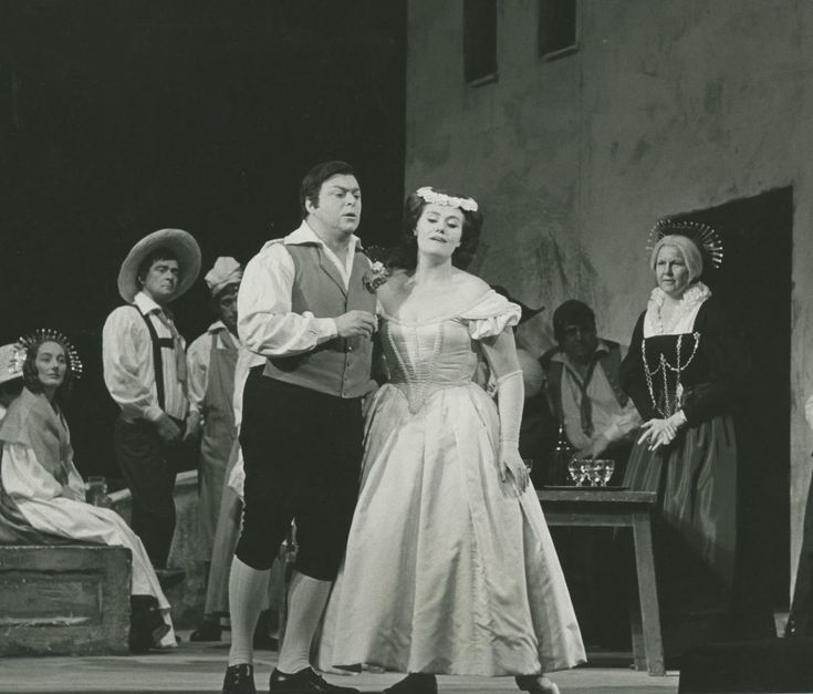 Luciano Pavarotti as Elvino and Dame Joan Sutherland as Amina in La Sonnambula, The Sutherland-Williamson Australian Tour, 1965.