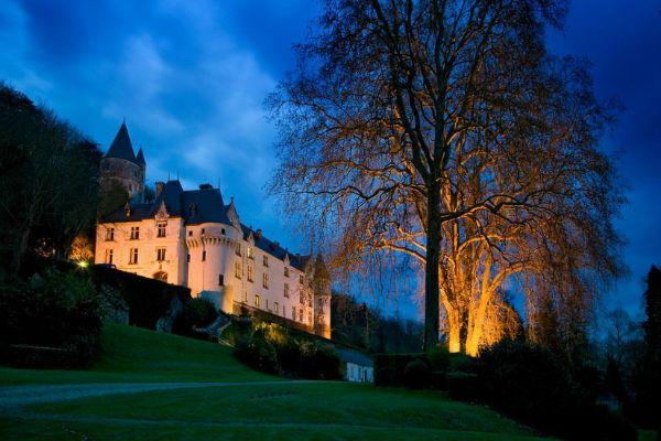VII th century château