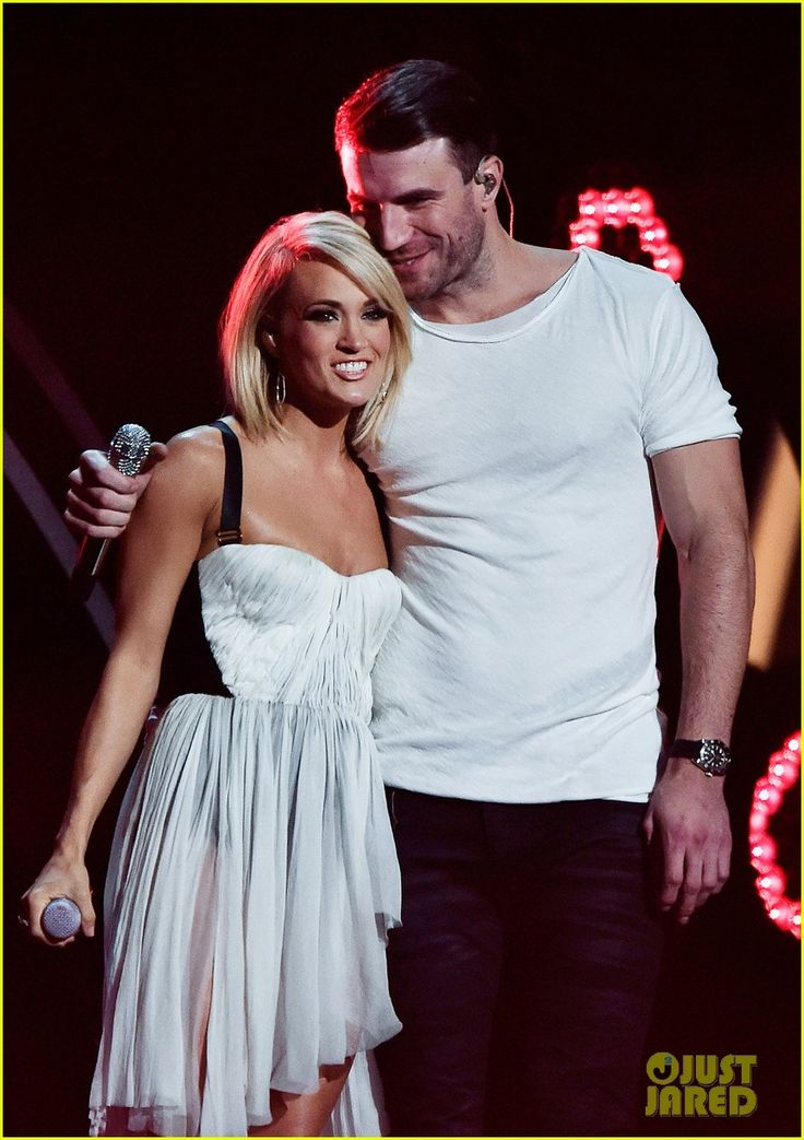 Carrie Underwood & Sam Hunt's Grammys 2016 Duet Performance. Love her hair!!