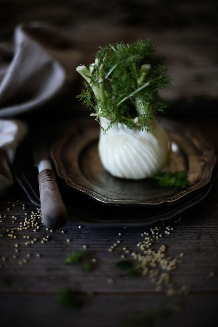 Pratos e Travessas: Salada de salmão, millet e funcho com vinagrete de soja e…