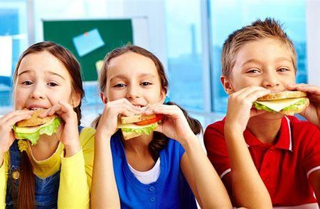 Cizrnový krém či lívance s vločkami. Jak by se mohlo jíst ve školních jídelnách? | Dobrá chuť | Lidovky.cz