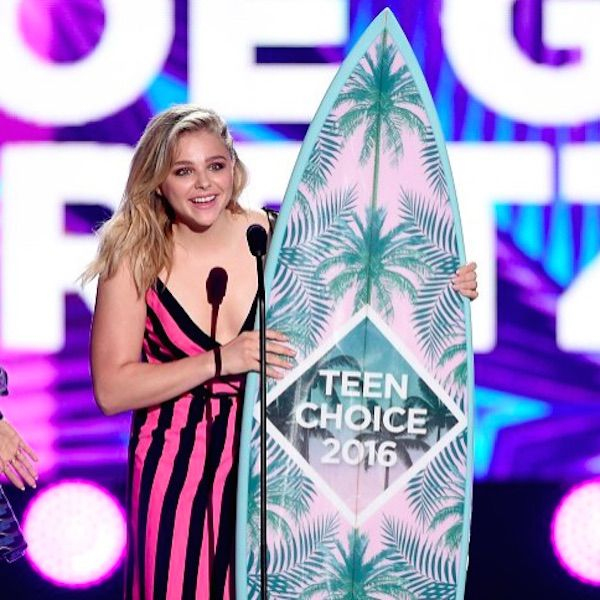 Most Of The 2016 Teen Choice Awards Winners Weren't Even In Attendance - http://oceanup.com/2016/08/01/most-of-the-2016-teen-choice-awards-winners-werent-even-in-attendance/
