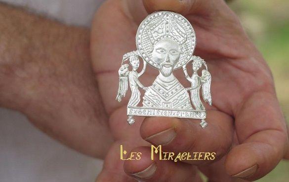 Pilgrim badge Saint Denis 14 th century (FR)