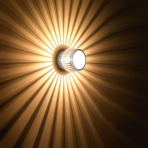 die besten 25 wandleuchte flur ideen auf pinterest wandlampe flur lampe flur und led lampe. Black Bedroom Furniture Sets. Home Design Ideas