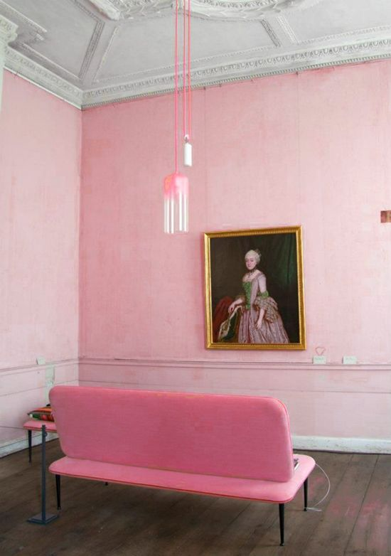 Pink living room with art and sofa. #decor #decoration #interior #livingroom #home #wall #sofa #ceiling #light #portrait #painting