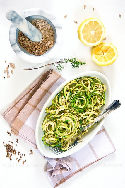 Zucchini Spaghetti with Hemp and Sunflower Seed Pesto...recipe not in english but saving for the idea.
