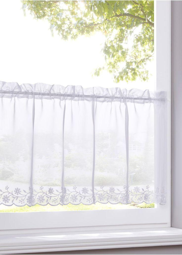 """Se nu:Perfekt för små fönster eller som ett komplement till gardinlängder! Den transparenta cafégardinen """"Naomi"""" kan sprida sin charm i köket, badrummet eller vardagsrummet. Ett utsökt broderi i nederkanten pryder cafégardinen. En stilren design med snygga detaljer är cafégardinen """"Naomi""""!"""