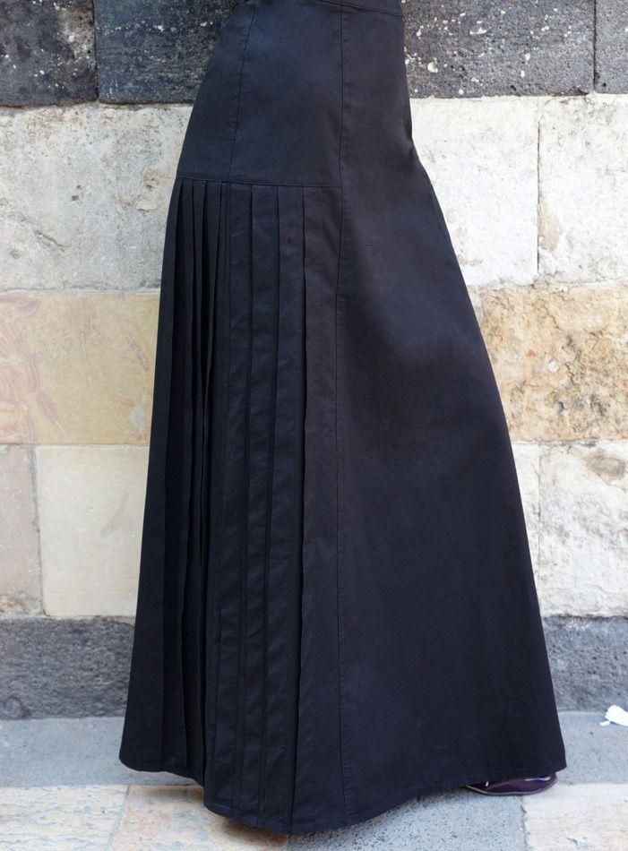 SHUKR USA | Side Pleated Skirt