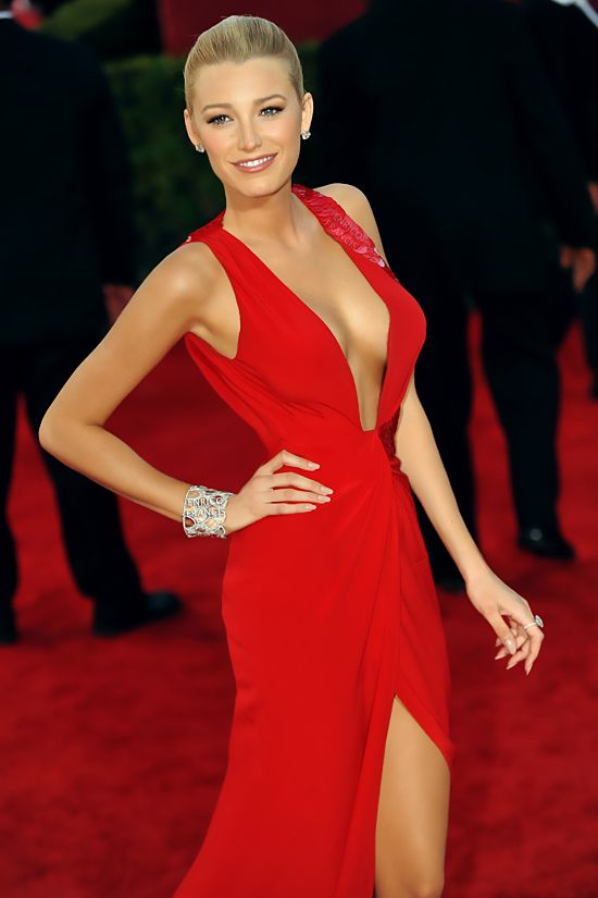 Blake Lively. Red hot!♥♥ SC
