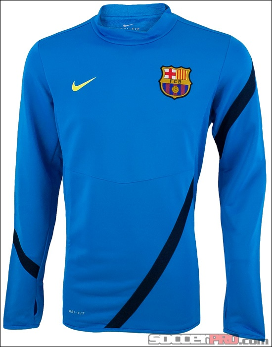 Nike Barcelona Midlayer Top - Cobalt Blue with Obsidian has an embroidered crest and is pretty warm...I like it...$62.99